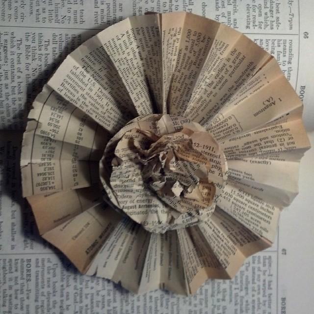 fan-paper-flower